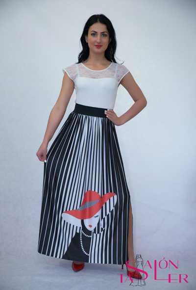 Pruhovaná sukňa Dáma vklobúku zdielne KTD STYLE