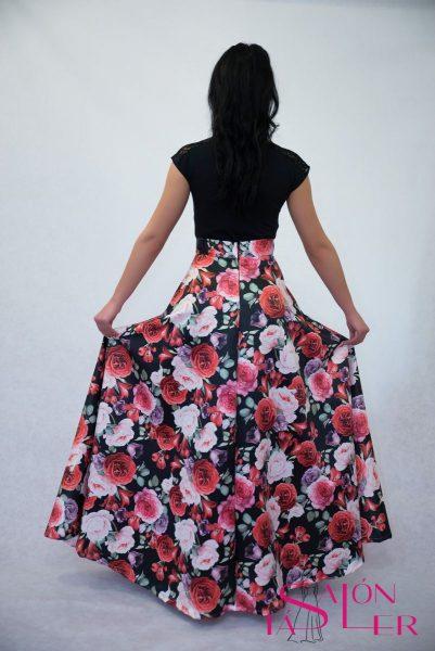 Kruhová sukňa z hrubého potlačeného saténu Záhrada z dielne KTD STYLE