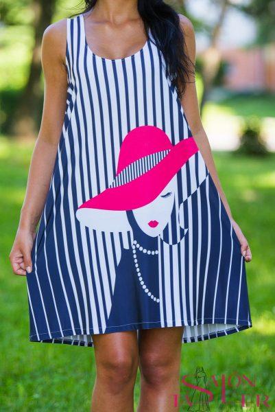 Áčkové šaty Dáma vklobúku zdielne KTD STYLE