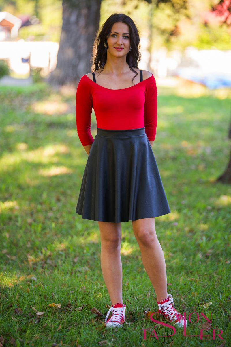 d518c6091b Koženková čierna sukňa z dielne KTD STYLE