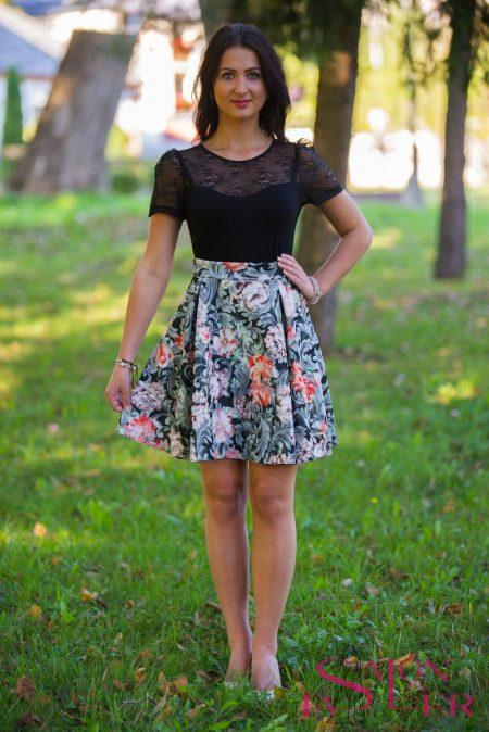 Kruhová sukňa z pogumovaného hrubého úpletu z dielne KTD STYLE