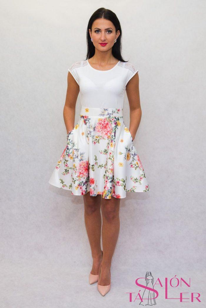Kruhová sukňa z hrubého potlačeného saténu z dielne KTD STYLE ... 376727bd604