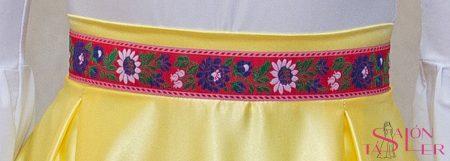 Opasok červený s folklórnou bordúrou značky KTD STYLE