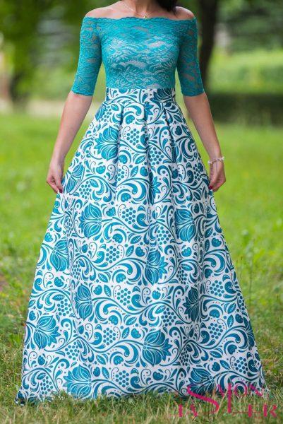 Dlhá sukňa so smaragdovým folklórnym vzorom z dielne KTD STYLE