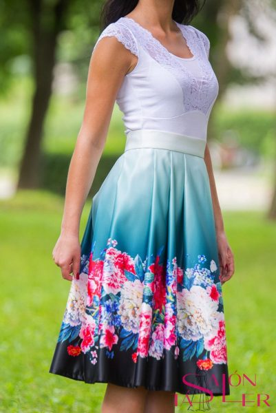 Midi sukňa kvety na smaragdovom z dielne KTD STYLE