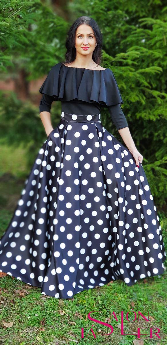 Kruhová guľkovaná sukňa z hrubého saténu z dielne KTD STYLE