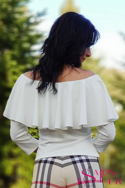Elegantný top LAVIA značky KTD STYLE s volánom vo výstrihu