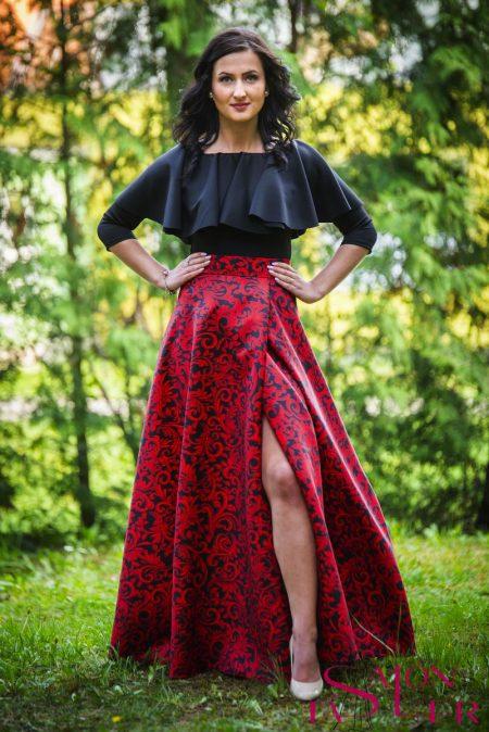 Kruhová sukňa ČERVENÉ BAROKO s preloženým rázporkom z dielne KTD STYLE