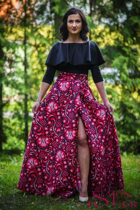 Kruhová FOLKLÓRNA sukňa ČERVENO-ČIERNA s preloženým rázporkom z dielne KTD STYLE