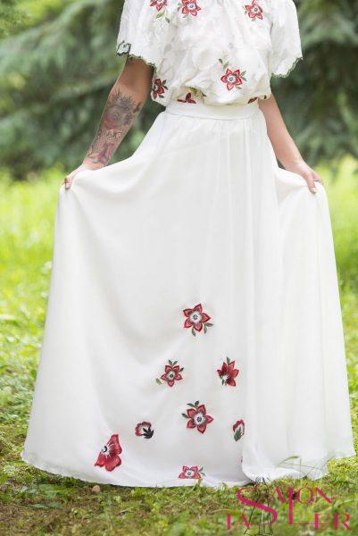 Kruhová šifónová sukňa s kvetmi z dielne KTD STYLE