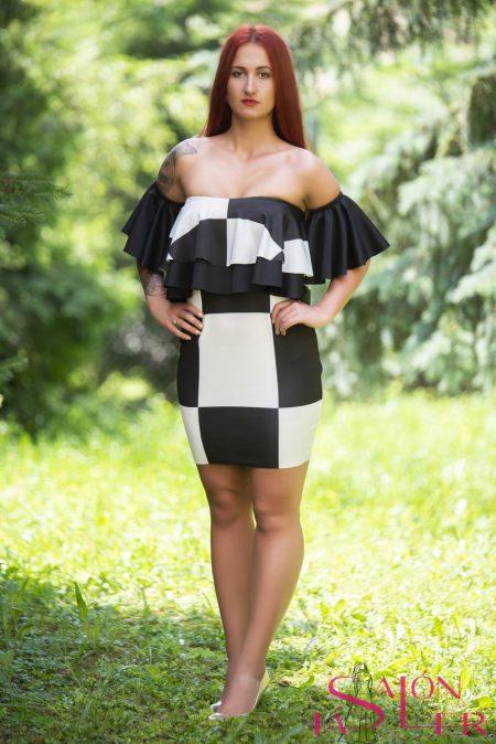 Kockované šaty s volánom zdielne KTD STYLE