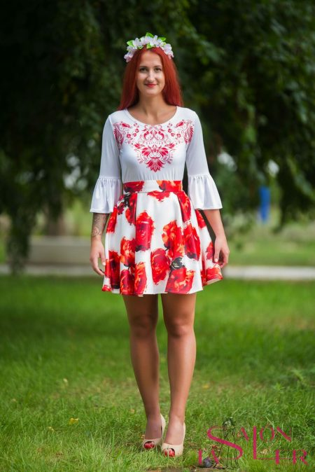 Mini kruhová sukňa ČERVENÉ RUŽE z dielne KTD STYLE