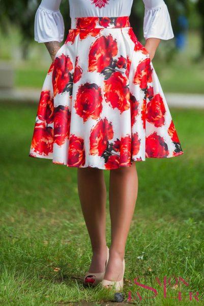 Midi kruhová sukňa ČERVENÉ RUŽE z dielne KTD STYLE