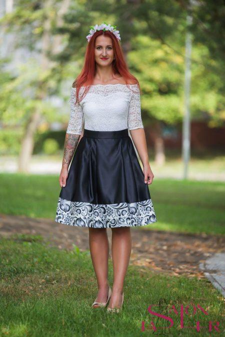 Midi sukňa s folklorou z dielne KTD STYLE