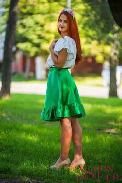 Krátka sukňa s volánom z dielne KTD STYLE